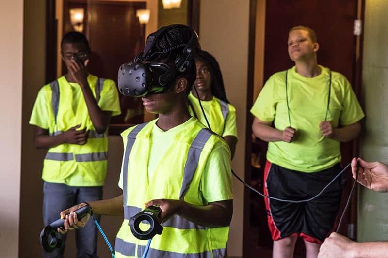 Mayor's Summer Youth Program Visits CSE Software